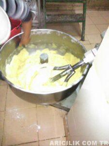 Arı Keki Nasıl Yapılır 3